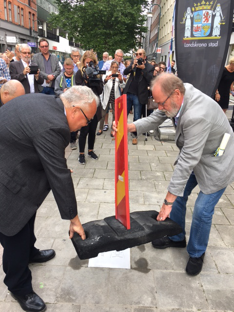 Peter Haber avtäcker sin minnessten på Walk of Fame